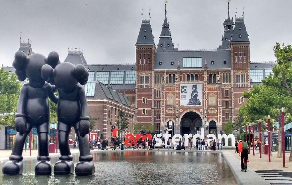 Países Bajos recibirá menos turistas extranjeros en 2021