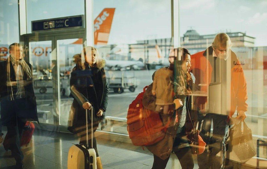 Dos familias llevan a la justicia las prohibiciones de viajes no esenciales en Bélgica