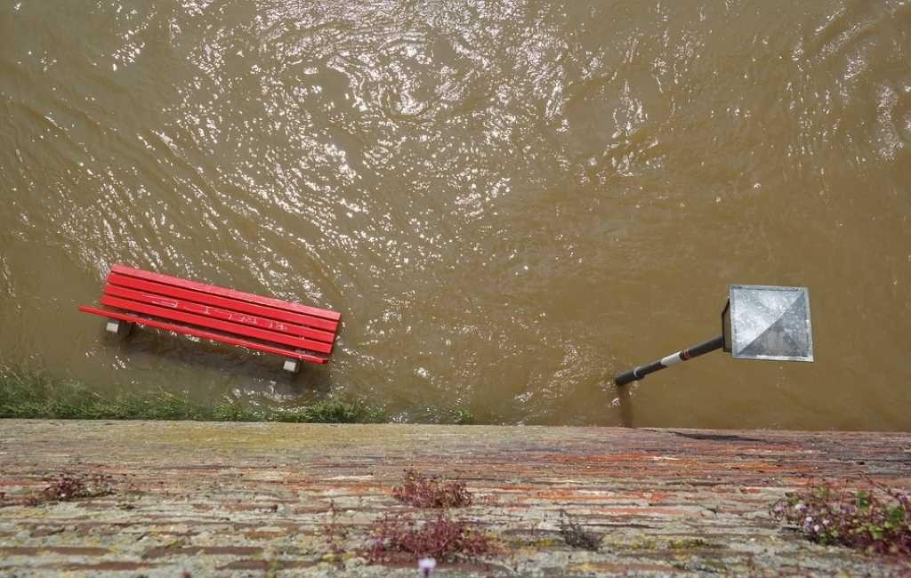 En Bélgica hay casas inundadas y ríos desbordados por las fuertes lluvias