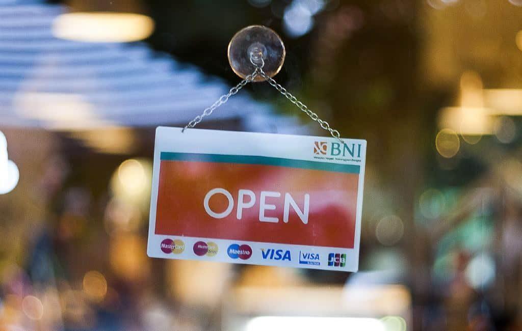 Un restaurante de Eindhoven abre sus puertas saltándose las normas de los Países Bajos