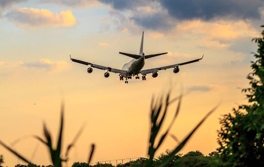 Países Bajos prohíbe los vuelos de pasajeros provenientes de India.