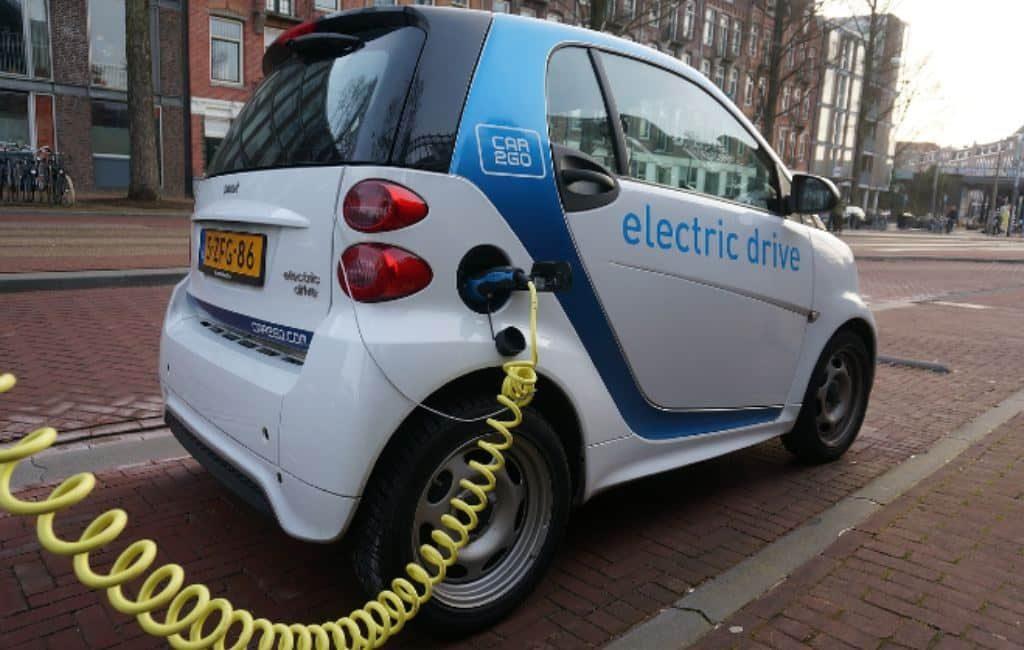 Países Bajos subvenciona la compra de coches eléctricos en el 2021