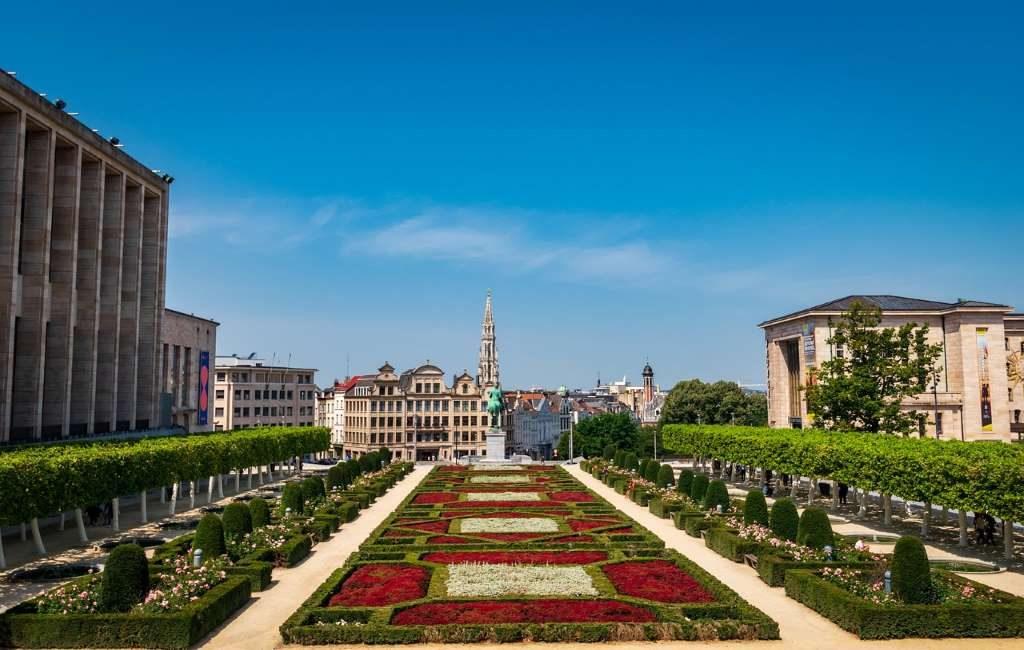 Bruselas: toque de queda a las 22.00 horas hasta el 31 de marzo.