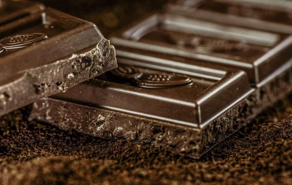 Godiva, el fabricante de chocolate de origen belga, que cierra 128 tiendas