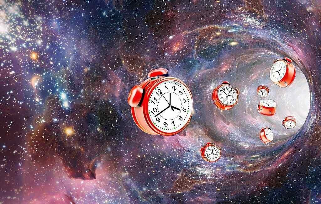 Ayuda a tu reloj biológico a adaptarse con el cambio de hora del sábado por la noche.