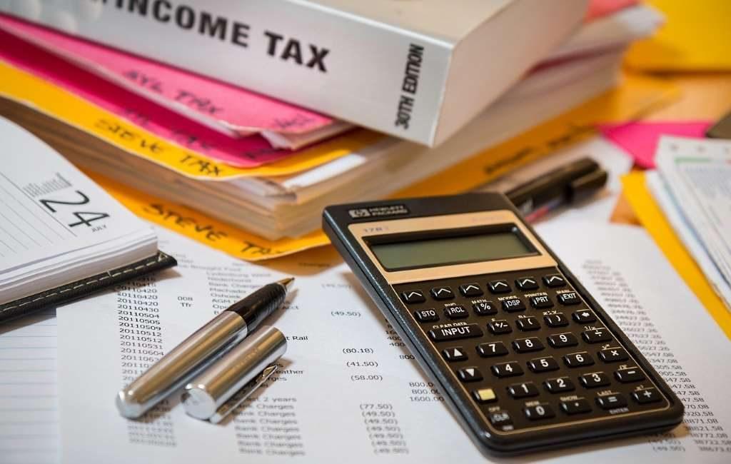 Las oficinas de impuestos (Belastingkantoren) abren de nuevo para ayudar con la declaración del Impuesto sobre la Renta