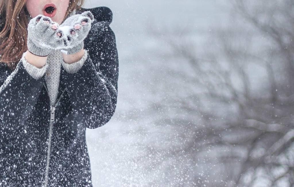 En Bélgica empieza a nevar en algunas ciudades.