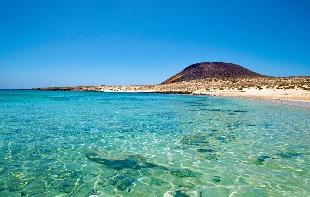 Los belgas pueden viajar a las Islas Canarias sin obligación de cuarentena y prueba de PCR después de regresar a casa
