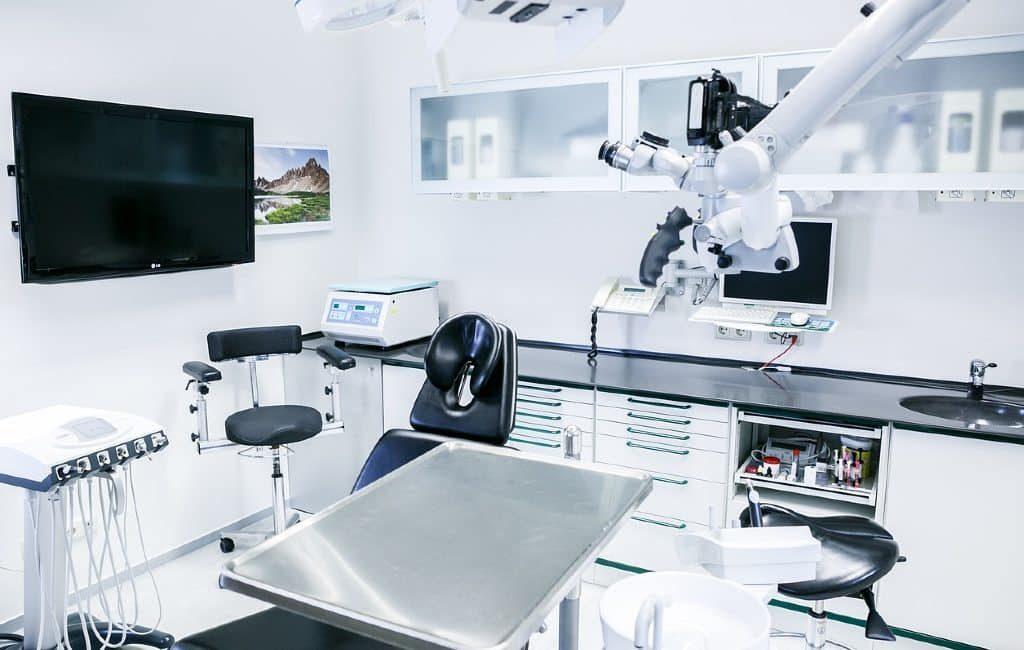 Países Bajos y el robot de pruebas COVID