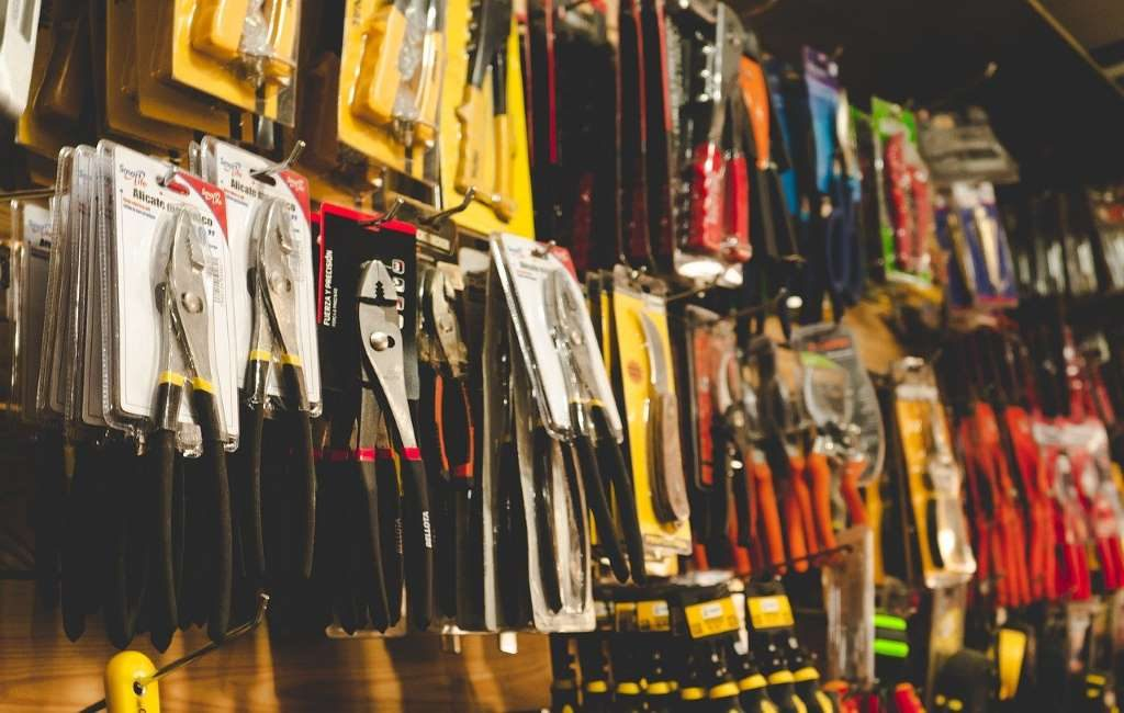 Las tiendas de bricolaje deben adaptar click & collect al resto de tiendas.