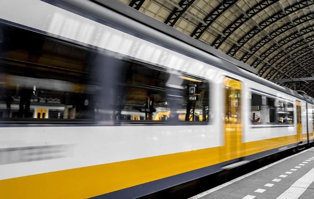 En los Países Bajos, los trenes sufren importantes retrasos y cortes por interrupciones en Ámsterdam y Rotterdam