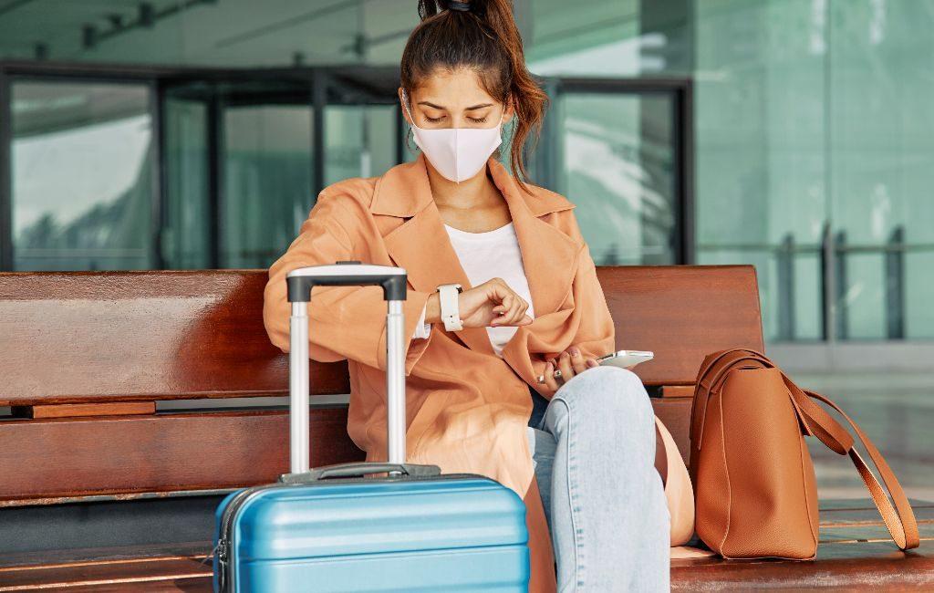 Todos los viajeros de un área de alto riesgo dentro de la UE/Schengen deben mostrar un resultado negativo de una prueba COVID-19 (PCR) a partir del 29 de diciembre a las 00:01 cuando viajen a los Países Bajos en barco, tren, autobús o avión.
